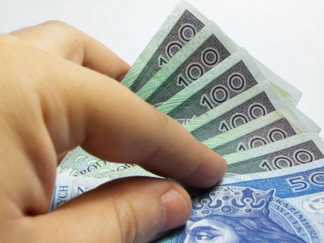 Pożyczka czy kredyt gotówkowy?