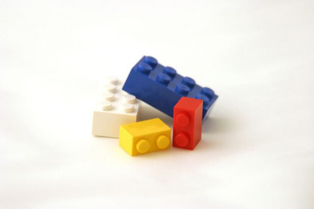 IKEA STAŁA SIĘ SYMBOLEM WNĘTRZARSKIEGO STYLU I CHYBA KAŻDY KIEDYŚ ZETKNĄŁ SIĘ Z WYROBAMI SKANDYNAWSKIEGO GIGANTA w artykule IKEA I LEGO ŁĄCZĄ SIŁY! UJAWNIONO PIERWSZE ZDJĘCIA SPECJALNEJ SERII