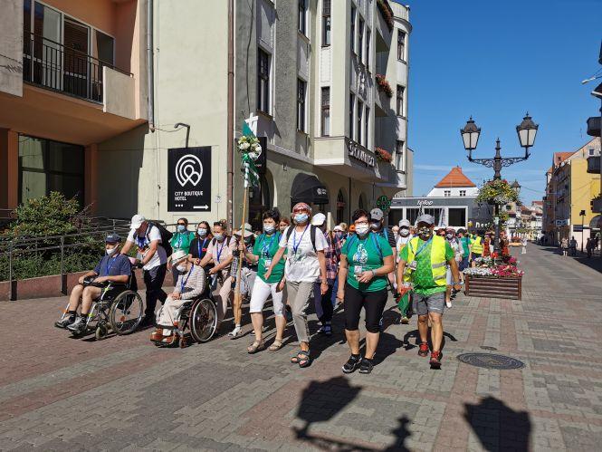 Wyjście pielgrzymki do Otynia